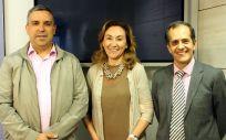 La consejera de Salud de La Rioja, María Martín, junto a los miembros del Cibir que han identificado el nuevo mecanismo implicado en el desarrollo de tumores