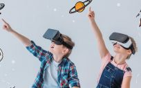 En los niños, la realidad virtual reduce la percepción del dolor y ansiedad e induce un estado de relajación durante la realización de técnicas invasivas o tratamientos