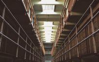 CSIF insiste en la necesidad de considerar a los funcionarios de prisiones como agentes de la autoridad para reforzar su seguridad.