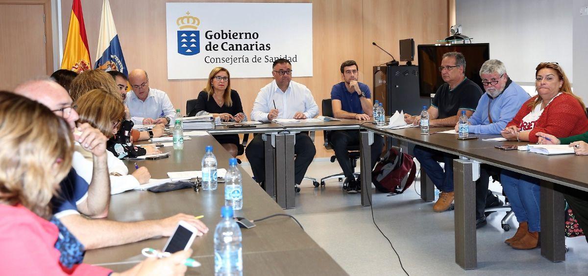 Reunión de la Mesa Sectorial sobre la OPE de Sanidad en Canarias
