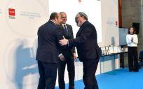 Juan Blanco, CEO del Grupo Mediforum, recoge la Placa de Plata de la sanidad madrileña.
