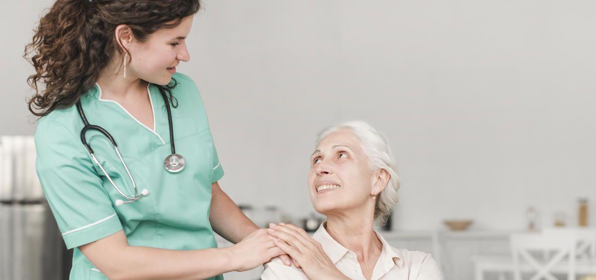 Los cuidados de enfermería centrados en la persona en Atención Primaria son sinónimo de cercanía, de humanidad y de colaboración entre profesionales sanitarios