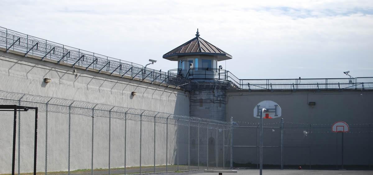 La Asociación Nacional de Enfermeros de Instituciones Penitenciarias (ANEP) critica el sistema de concursos de traslados en la sanidad penitenciaria.