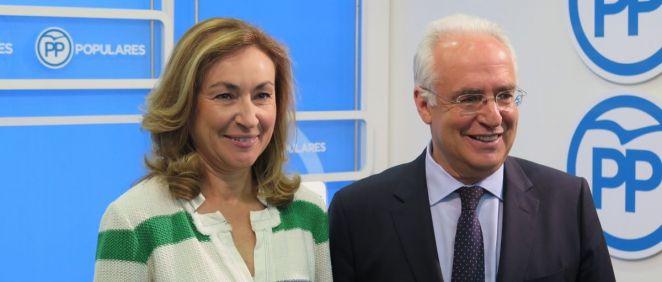 María Martín, consejera de Salud, junto a Jose Ignacio Ceniceros, candidato a la presidencia de La Rioja