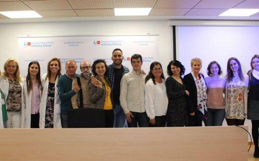 Voluntarios de la AECC se forman en enfermedades oncohematológicas en el Hospital Infanta Elena