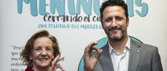La doctora Teresa Hernández Sampelayo, del Comité Ejecutivo de la AEP y el doctor David Moreno, coordinador del Comité Asesor de Vacunas de la Asociación Española de Pediatría (CAV AEP)