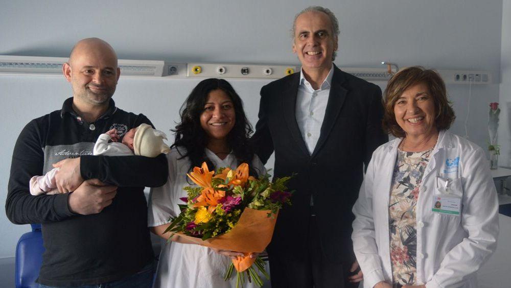 El consejero de Sanidad, Enrique Ruiz Escudero, visita el área materno infantil del Hospital Universitario de Torrejón