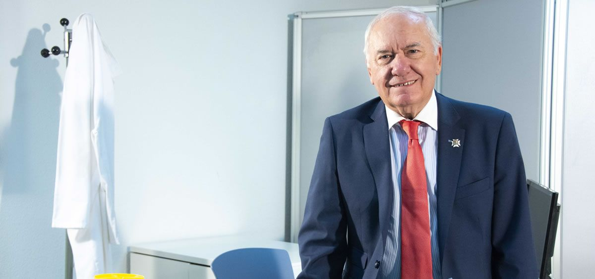 """El presidente del Consejo General de Enfermería, Florentino Pérez Raya, señala que la elevada cantidad de aspirantes a la OPE """"demuestra la precarización del empleo en enfermería"""""""