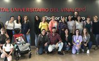 Más de un centenar de madres han participado en esta actividad desarrollada en los Hospitales Universitarios de Torrevieja y del Vinalopó.