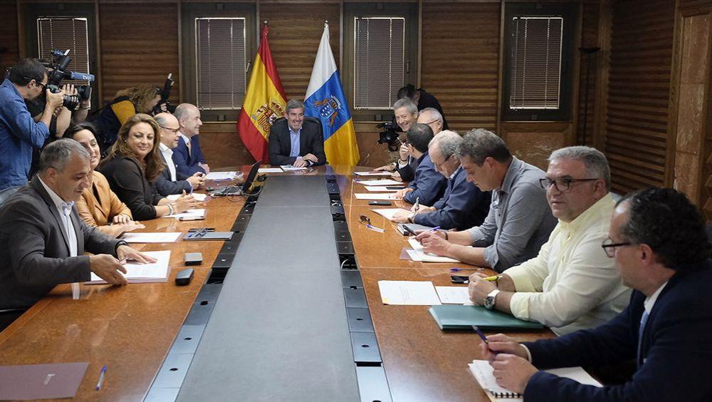 El Consejo Asesor ha apoyado que los 300 millones del superávit de Canarias se destinen a los servicios públicos básicos
