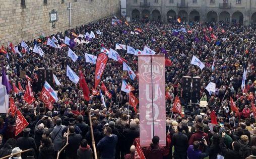 Primaria a la huelga y la Xunta contesta que ya están en vigor medidas para mejorar la situación