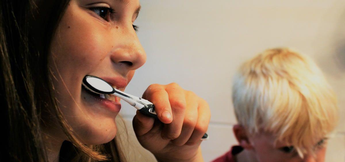 Infecciones dentales en niños eleva el riesgo de cardiopatía en adultos.