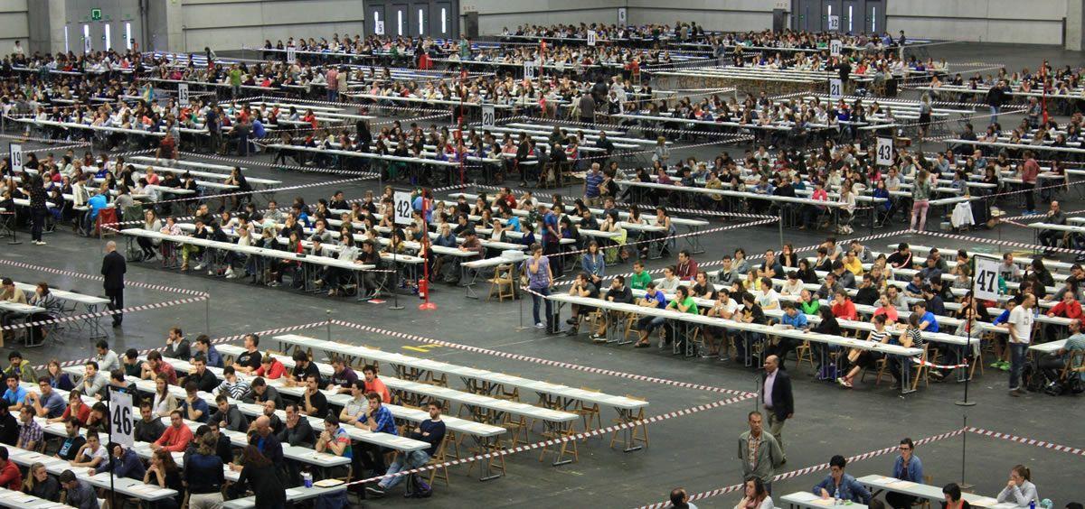 Imagen de la realización de unas pruebas durante una OPE de Osakidetza. (Foto. Gobierno Vasco)