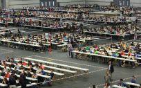 Imagen de la realización de unas pruebas durante una OPE de Osakidetza.