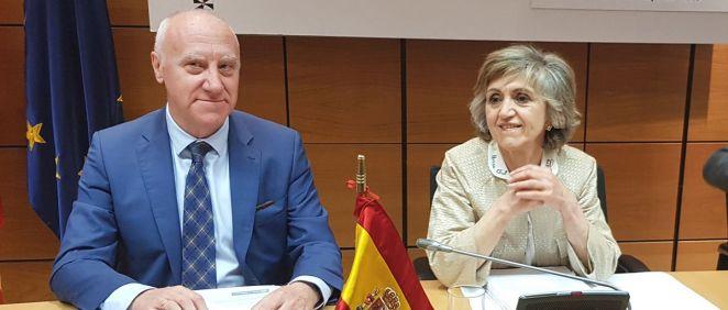 María Luisa Carcedo, ministra de Sanidad en funciones, junto a Faustino Blanco, secretario general de Sanidad (Foto: ConSalud.es)