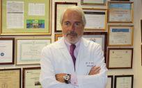 Dr. F. Villarejo, jefe de servicio de Neurocirugía del Hospital La Luz