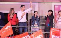 El presidente de Gobierno en funciones y líder del PSOE, Pedro Sánchez, celebrando la victoria de los socialistas en las pasadas elecciones generales del 28 de abril.