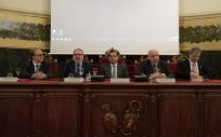 De izquierda a derecha: Luis Álvarez-Sala Walther, Juan Blanco, Luis Puente, José Miguel Rodríguez Pardo y Antonio López Farré, este lunes en la reunión anual del proyecto GenObIA