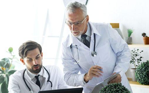 Fichar en Sanidad: los 564 millones que se le pagaría a los profesionales si se termina de implantar