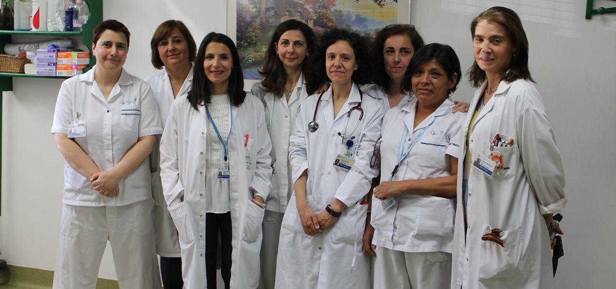 Las doctoras Cutillas, Aragón  y Benavides, junto al resto del equipo de la Unidad de Disfagia de la Fundación Jiménez Díaz