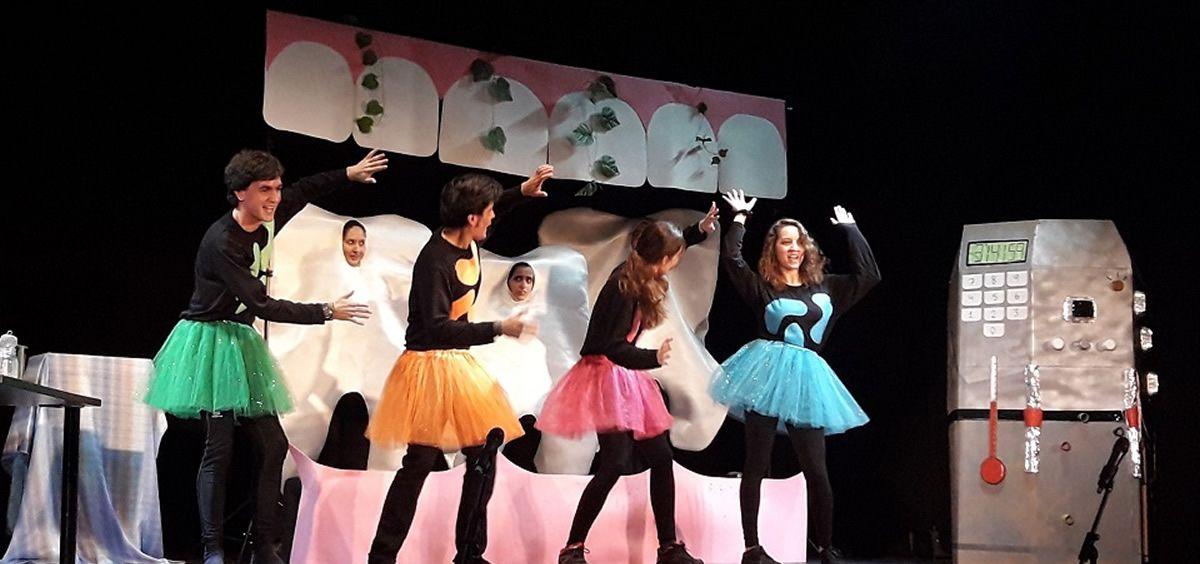 'Una aventura dental', teatro para educar a niños en la relación entre salud dental y cardiovascular