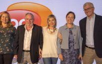 De izquierda a derecha, Dra. Cristina Regojo, Prof. Aristegui, Dra. Estibaliz Onís, Dra. Elisa Garrote y el moderador Dr. Francisco Álvarez.