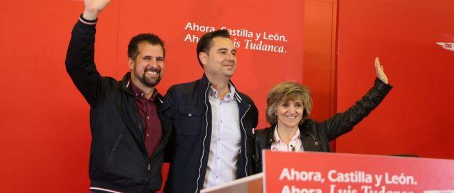 Luis Tudanca (izqda.) y María Luisa Carcedo (dcha.) en un mitin en Burgos.