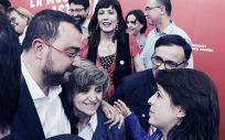 María Luisa Carcedo, junto a Adrián Barbón, candidato a la presidencia del PSOE por Asturias