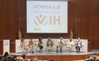 Homenaje a los profesionales sanitarios que han trabajado en el abordaje del virus del VIH, presidido por María Luisa Carcedo, ministra de Sanidad