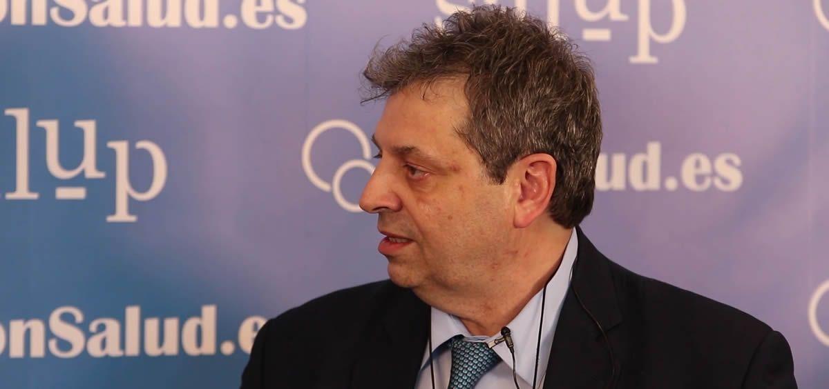 Antonio López Farré, profesor de la Facultad de Medicina de la Universidad Complutense de Madrid (UCM), expone su visión acerca de la capacidad de unir tecnologías para lograr un salto exponencial en salud