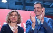 La hasta ahora ministra de Política Territorial y Función Pública y recién elegida nueva presidenta del Congreso de los Diputados, Meritxell Batet, junto al presidente del Gobierno en funciones, Pedro Sánchez.